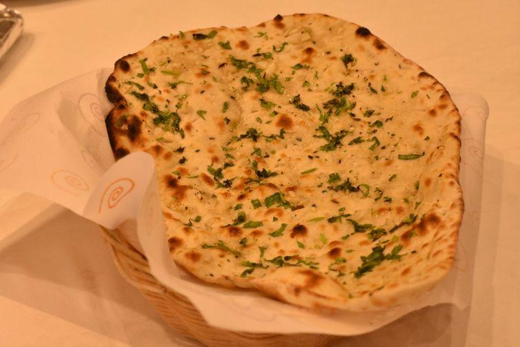 Pan de harina de trigo con ajo.